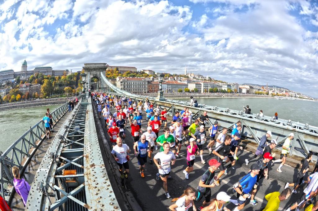 28th Spar Budapest Marathon Chain Bridge